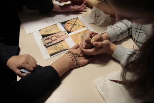 CiN Henna